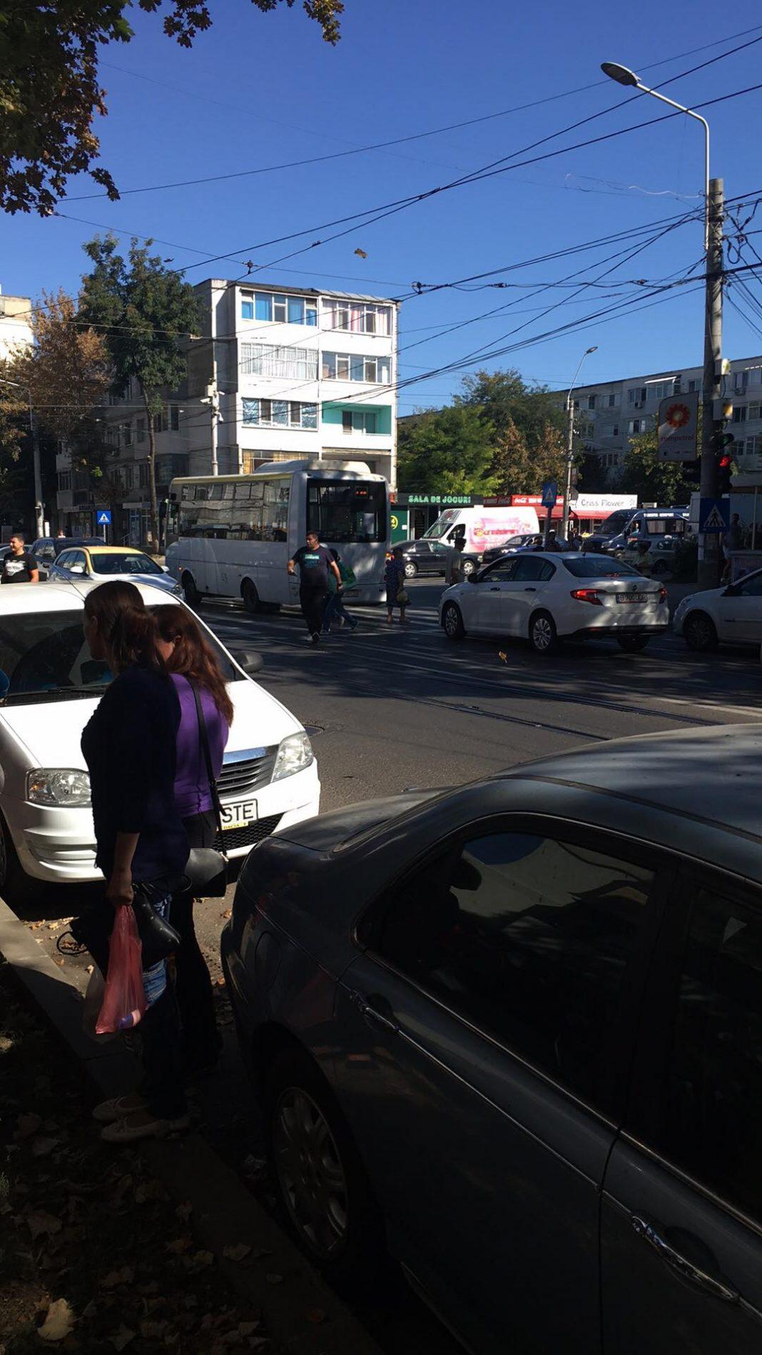 Copil de 11 ani accidentat de un autobuz