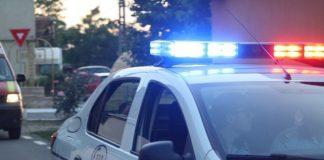 Inconștiența unora, dar și o legislație mult prea permisivă și cu pedepse prea blânde pentru infracțiunile rutiere, fac ca polițiștii să se confrunte foarte des cu situații în care depistează la volan persoane fără permis sau cu permisul de conducere suspendat.