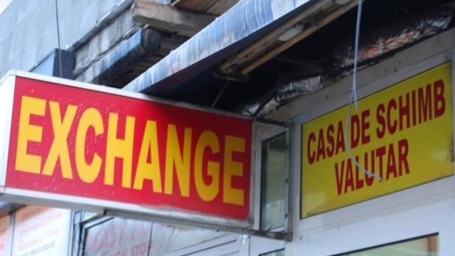 Tâlhărie într-o casă de schimb valutar